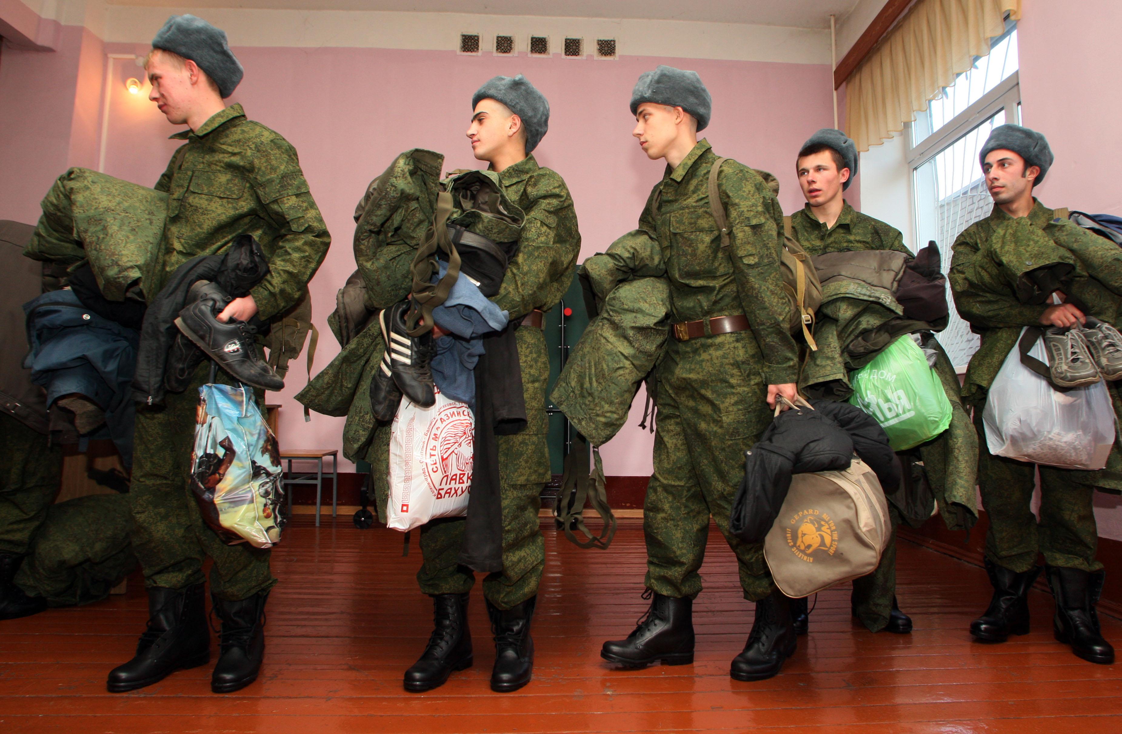 Фото отбытия призывников с жд уфы 4