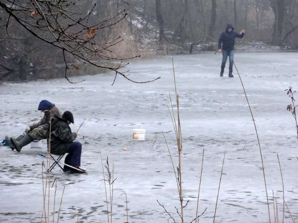 способы и особенности зимней рыбалки
