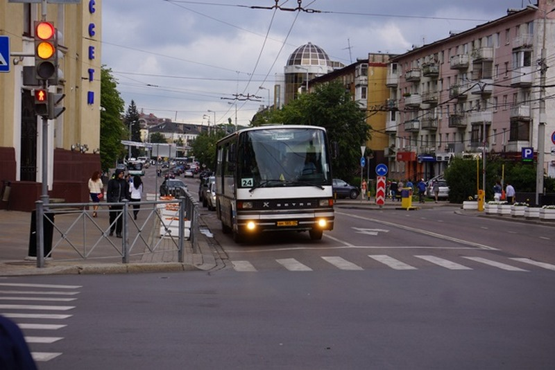 В Калининграде люди теряют сознание в транспорте из-за жары