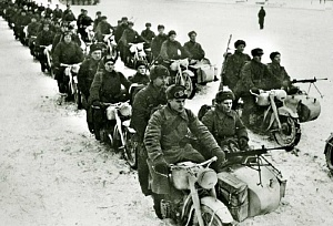 Калининградцы намерены реконструировать бой на мотоциклах