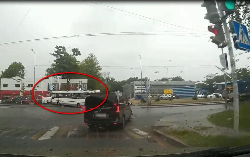 Секс в автобусе в калининграде