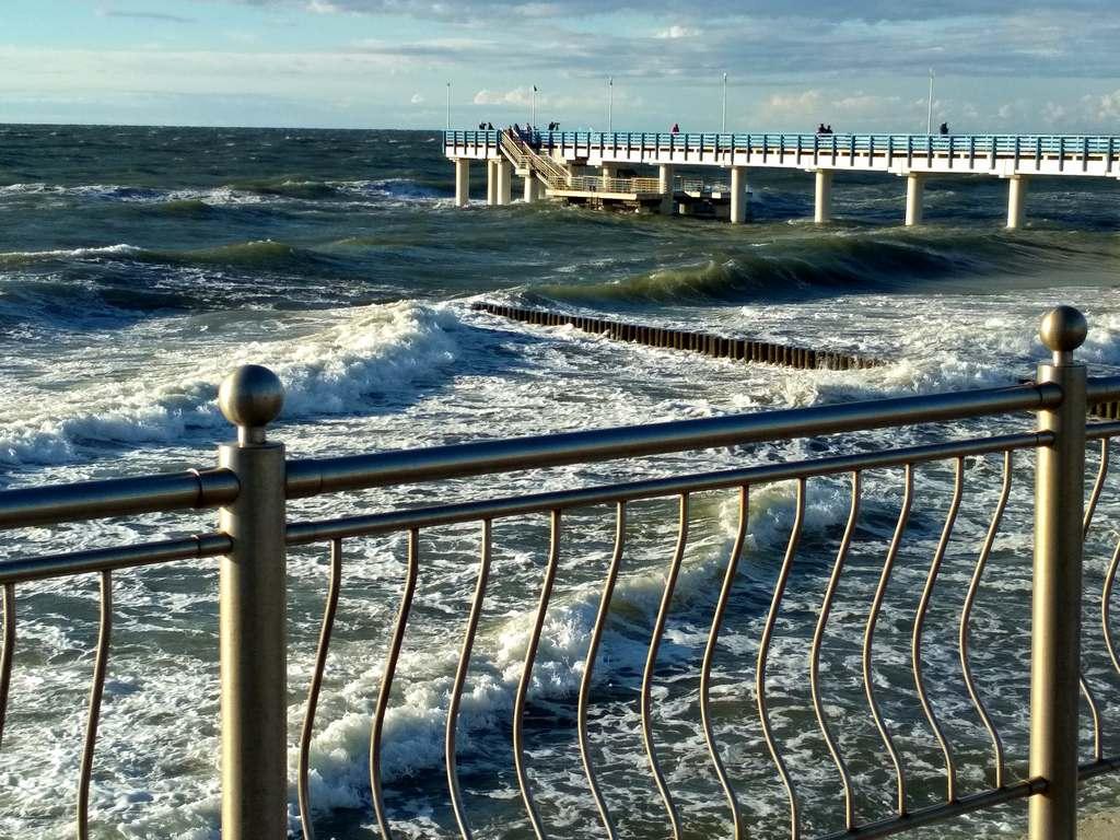 За 10 дней вода в Балтийском море остыла на 3-5 градусов