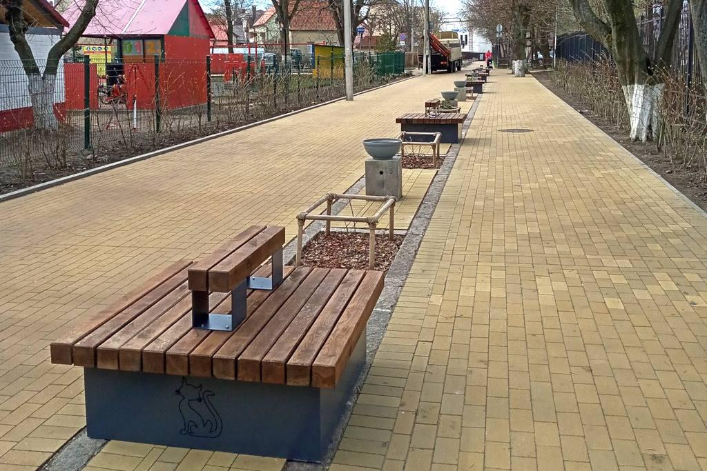 Чем покрасить садовую скамейку из дерева на улице: какой ...