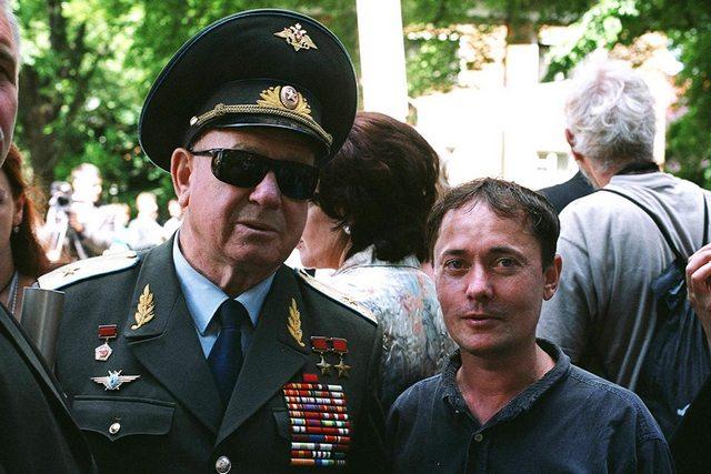 Алексей Леонов и Борис Регистер вторая встреча.jpg
